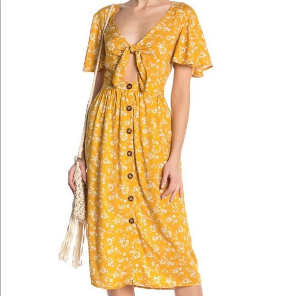49ae4d7feff4 Mimi Chica Dresses | Salefloral Tie Front Midi Dress | Poshmark